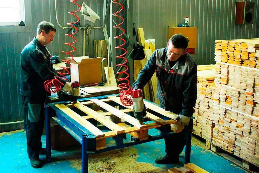 Ремонт та монтаж дерев'яних палет